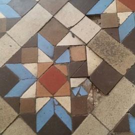 reparación piezas mosaico nolla