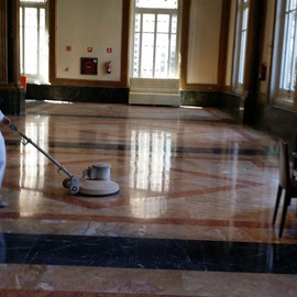 suelo de mármol Estación de Francia Barcelona - pulido por superlux