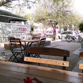 """The cute garden café """"Our Yard"""""""