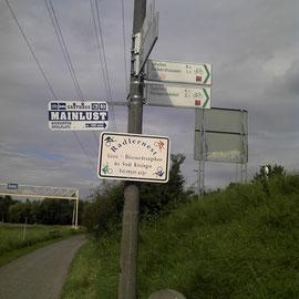 Auf dem Mainradweg zwischen Marktbreit und Kitzingen.