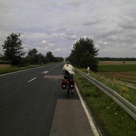 und weiter...Auf Lanstraße macht man richtig Kilometer