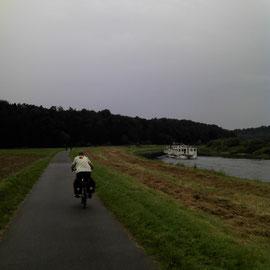 Wer gewinnt?  - Bike oder Boot?