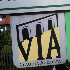Häufig folgt man der Via Claudia Augusta