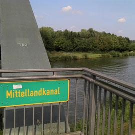 Über den Mittellandkanal