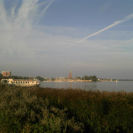 Nordischer Himmel über dem Schleswiger Dom