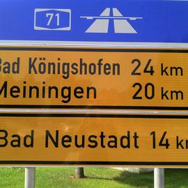 In Richtung Meiningen wartet ein Zipfel der Rhön. Bergauf!