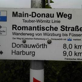 Man folgt häufig der Romantischen Straße.