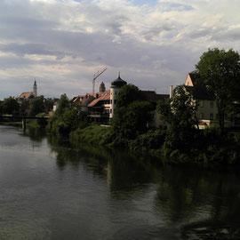 Am Zusammenfluß von Wörnitz und Donau.