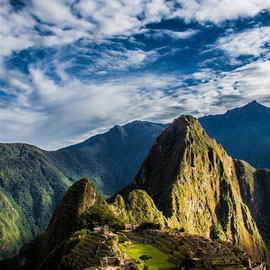 Machu Picchu -- Peru