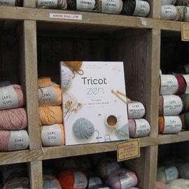 Des livres pour apprendre ou se perfectionner en tricot - Une idée cadeau pour la Fête des Mères de chez Lulu Coquelicot