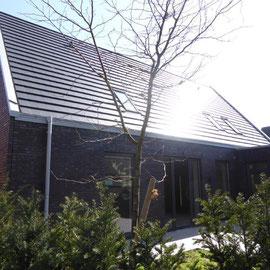 Hausansicht (Terrassenseite)