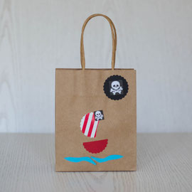Geschenktüten für den Kindergeburtstag - Piratenschiff