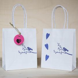 Geschenktüten für den Kindergeburtstag - Vogel auf Zweig