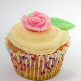 Muffin mit Rose aus Zucker
