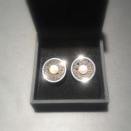 925er Silber mit Lavastein und Süsswasserperle