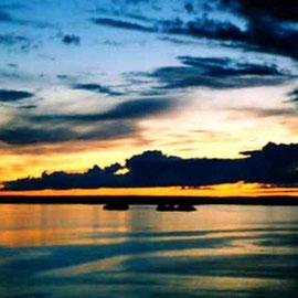 Blick vom Aussichtsturm auf den abendlichen Päijänne See.