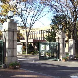北海道大学正門