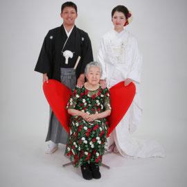 祖父・祖母と一緒に和装前撮り おじいちゃん・おばあちゃんと一緒に和装前撮り