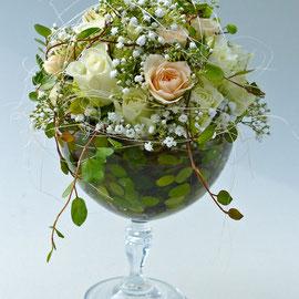 Glas mit Blumen