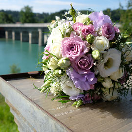 Brautstrauss rosa/lila
