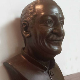 Bust of Avatar Meher Baba - side view