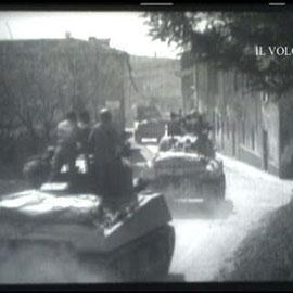 Corazzati americani sul Lago di Garda (fotogramma dalla bobina originale 16mm dei Combat Camera archivio IL VOLO/Quattrina)
