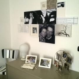 composizione di foto specchi e quadri in cartapesta