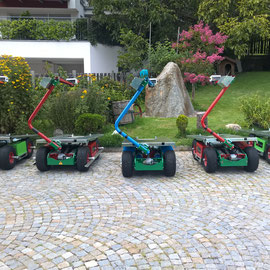 The harvest machine is available in different colour versions