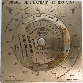 Regla francesa DISQUE EXTRACTO-OENOMÉTRIQUE (GRAPHOPLEX), J. Salleron Dujardin, para para calcular el grado de alcohol del vino, año 1930, 12x12 cm
