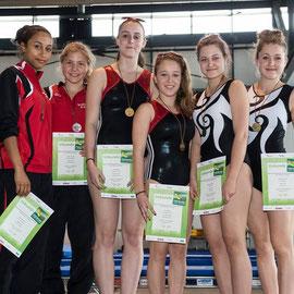 Annika und Julia gewinnen Bronze
