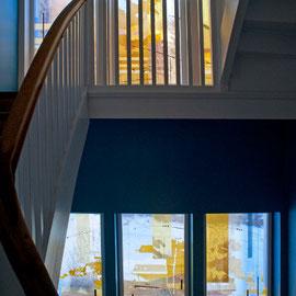 Fensterfassade, Blick von dem Treppenhaus