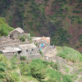 Ein Dorf in völliger Abgeschiedenheit.