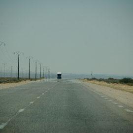 Ein LKW am Horizont kommt näher.....