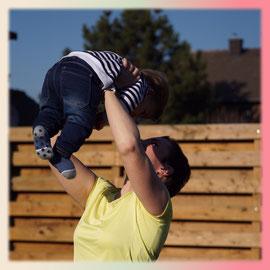 Buggy Fit, Fit dank Baby, Corina Peltzer, Sport mit Kind, Mamafit, Beckenbodentraining, Kinderturnen, Musik Kids, Liedergarten, Kleine Füße- Große Töne, Kleinkinderkurse, Hückelhoven, Erkelenz, Wegberg, Heinsberg, Wassenberg,