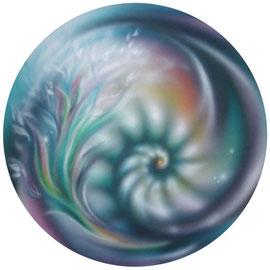 Der Ammonit taucht in meinen Bildern immer wieder auf. Preis Verhandlungssache.