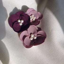 lila Blüten Haarspange