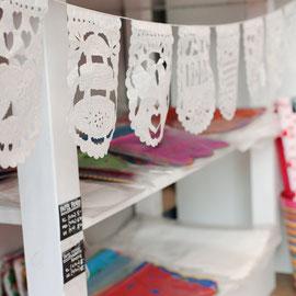 papel-picado-mexikanische-papiergirlanden-deko-shop-koeln