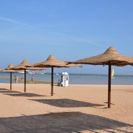 Der Strand des Makadi Beach Hotels in Hurghada