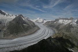Sicht auf den Aletschgletscher, aus ca. 3200m Höhe