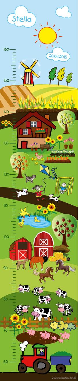 niedliche Kindermesslatte mit vielen Tieren vom Bauernhof mit Traktor -  auf Posterpapier gedruckt oder als Wandaufkleber