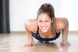 Online Personal Training entweder als Pilates Übungen oder Bootcamp finden auch in Friedrichshafen statt