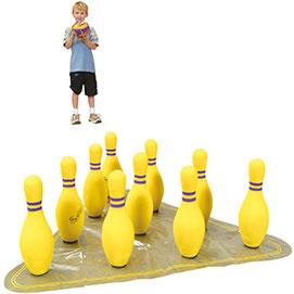 Quilles de bowling. L'ensemble comprend 10 grandes quilles (hauteur : 38 cm, poids: 480g.), 1 balle, 1 base en vinyle et un sac de transport pratique.
