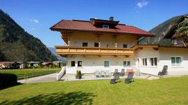 Ferienwohnungen Apartments Mayrhofen