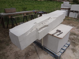 vault-stone-pediment-carved-var-signes-83
