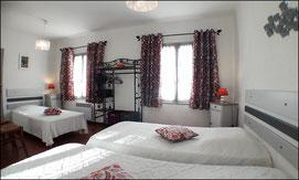 Chambre 3 lits du gîte rural