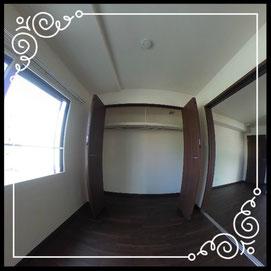 洋室①大型収納付き↓360°画像によるバーチャル内覧はこちら。↓グレースガーデンN30-201号室
