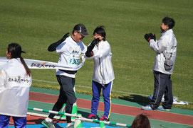 春野陸上競技場のゴール(14時14分48秒)
