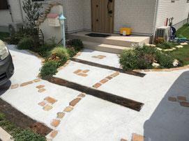 パステル かわいい外構 広島外構 外構広島 お庭づくり パステル外構 マイホーム 外構 エクステリア 枕木 レンガ