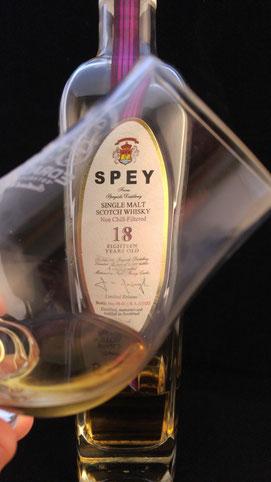 SPEY 18 Flasche und Label