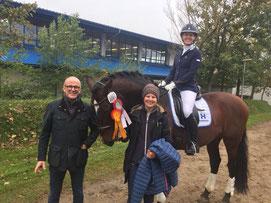 Sieger Balsamo mit seinem Besitzer und großem Fan Achim